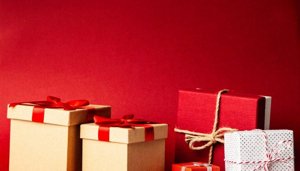 pexels-giftpunditscom-1666069
